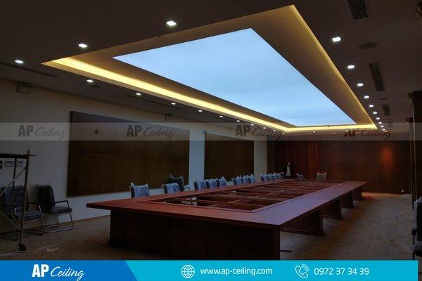 Phòng họp UBND Quảng Trị